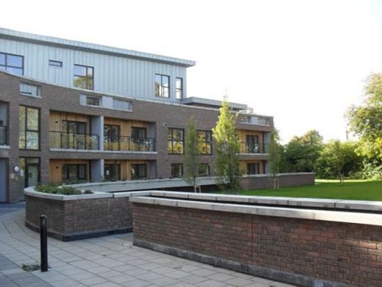 Kensington Lodge Apartments